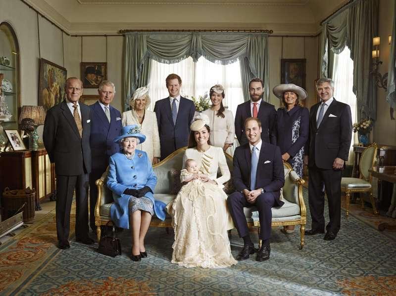 Cum ar putea noul bebeluş regal din Marea Britanie să dea peste cap toate calculele privind succesiunea la tron