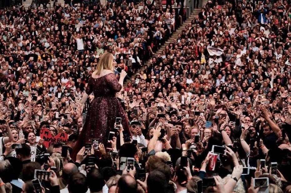 """Celebra Adele, mesajul cu care a întristat milioane de oameni: """"Am vrut ca ultimul ..."""""""