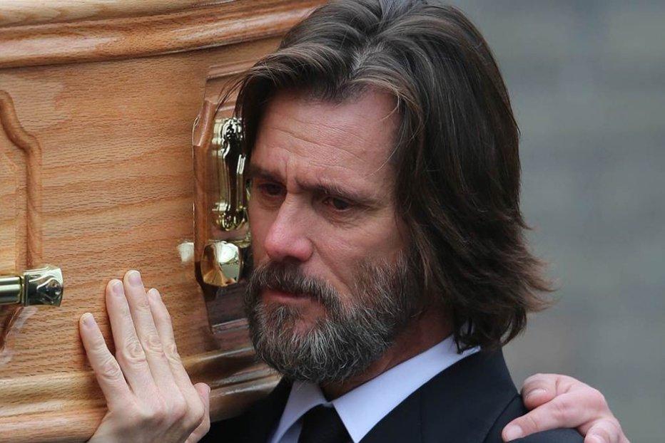 """Detaliile şocante dezvăluite de fosta iubită a lui Jim Carrey cu doi ani înainte ca aceasta să se sinucidă: """"Mi-ai făcut cunoştinţă cu cocaina, prostituatele şi boala"""""""