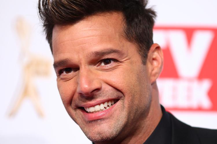 Ce răspuns au primit băieţii lui Ricky Martin când l-au întrebat dacă el i-a născut