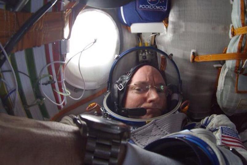 """Dezvăluirile şocante ale astronautului Scott Kelly după un an petrecut în spaţiu: """"Mă simt ameţit, iar atunci când ajung într-un final în poziţie verticală durerea este îngrozitoare"""""""