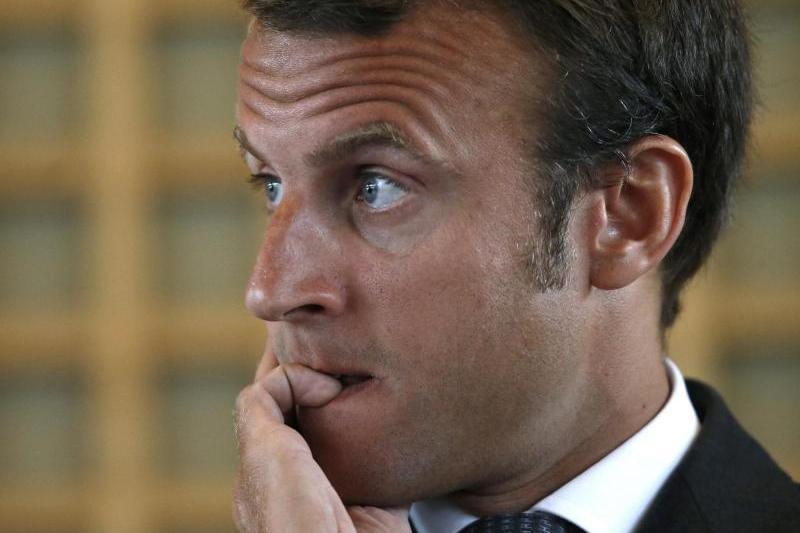 Care este boala de care suferă Emmanuel Macron, de când a devenit preşedintele Franţei