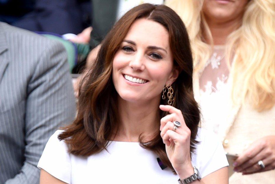 Kate Middleton, criticată dur pentru suma colosală investită în garderobă. Cât a cheltuit pe haine în trei luni