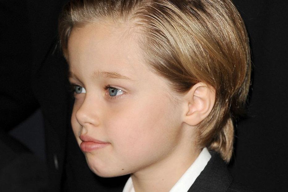 Decizia anunţată de Angelina Jolie, după ce fiica ei, Shiloh, a hotărât că vrea să fie băiat