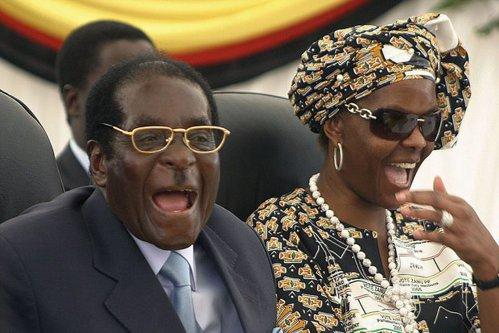 În ţara în care 7 din 10 locuitori mor de foame, Prima Doamnă cheltuieşte sute de mii de euro pentru un moft. Cum trăieşte familia celui mai longeviv dictator în viaţă