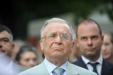 """Cum a cunoscut-o Ion Iliescu pe Stela Popescu: """"Încă de atunci era foarte preţuită.  Prezenţa ei pe scenă era un deliciu"""""""