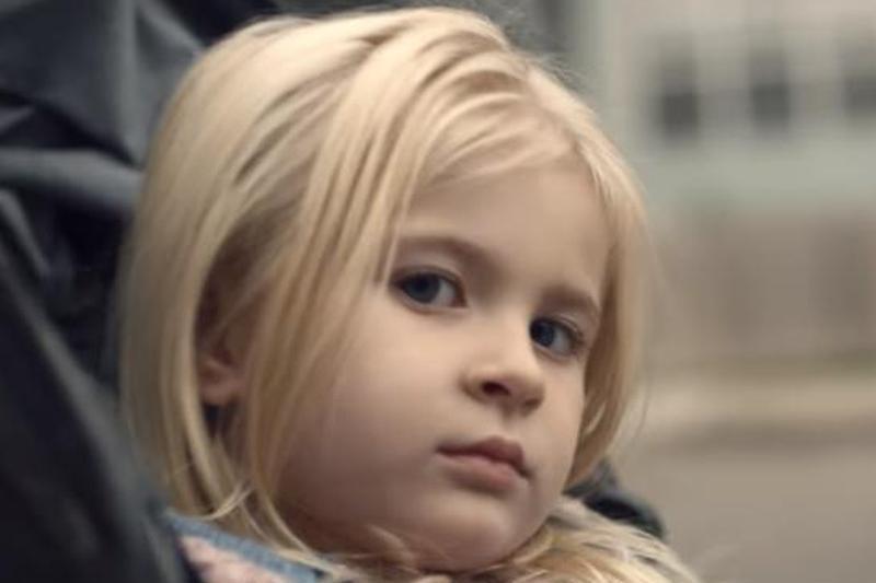 Trailer-ul unui serial celebru a generat panică în rândul părinţilor. Cum ar putea fi monitorizaţi copiii în viitorul apropiat