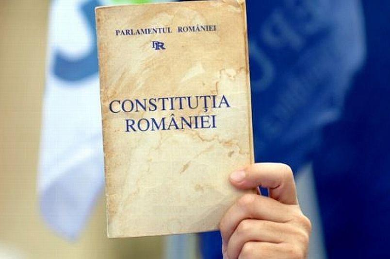 """Ce scria în primul articol din prima Constituţie a României. Profesor: """"Cine a vrut să se inspire, recurgea la cea belgiană, şi am preluat-o şi noi"""""""