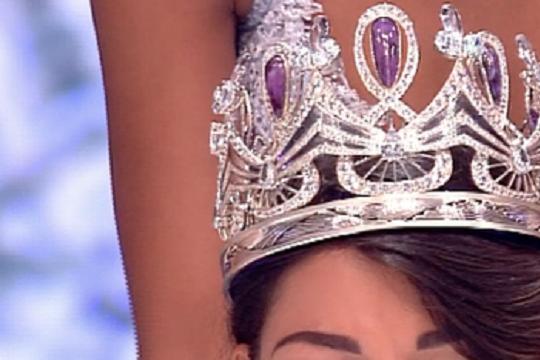 Cum arată Miss România 2017. Are doar 18 ani