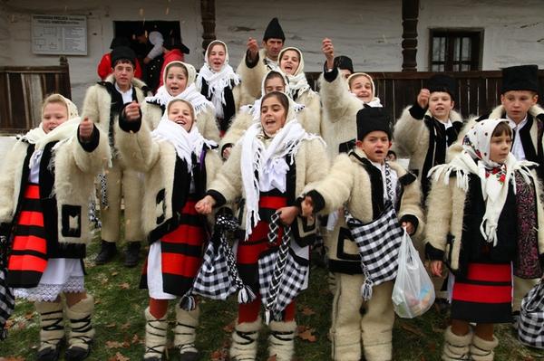 Tradiţii, obiceiuri şi superstiţii de CRĂCIUN. Ce nu ai voie să faci în Ajunul Crăciunului