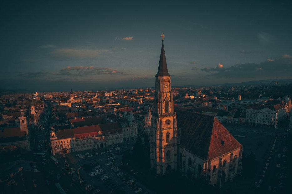 Oraşul din România care surclasează Parisul la capitolul nivel de trai