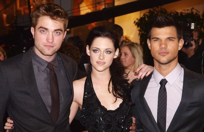 Cum arată unul dintre cei mai sexy actori, la aproape zece ani de la apariţia în seria-fenomen Twilight. Schimbarea este radicală