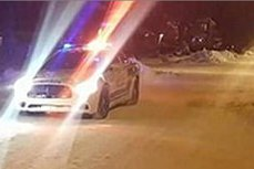 Ce a păţit un echipaj de poliţie din Canada, după ce a încercat să amendeze un bărbat pentru parcare neregulamentară