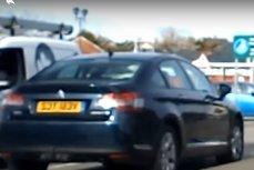 Persoanele cu autism din Marea Britanie ar putea beneficia de locuri de parcare speciale. Cum s-ar putea modifica legislaţia britanică