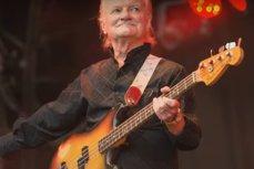 Unul dintre veteranii rock-ului a murit la vârsta de 76 de ani, după ce a căzut pe scări