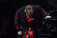 Ultimul turneu din cariera lui Elton John debutează în toamnă, va avea peste 300 de concerte şi va dura trei ani: