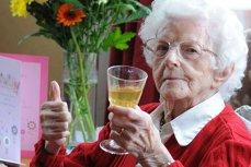 8 lucruri care te ajută să trăieşti 100 de ani