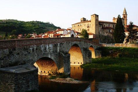Primarul care oferă 2.000 de euro oricui vrea să se mute în satul său: Viaţa e simplă, aerul curat şi mâncarea sănătoasă
