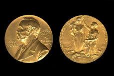 Scandal sexual la Academia Nobel. Demisii în lanţ şi acuzaţii de abuz