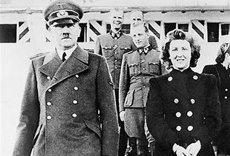 Imagini cu Eva Braun nud, din vremea când era amanta lui Hitler, făcute publice după 75 de ani