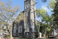 Beyonce, achiziţie imobiliară surprinzătoare. Cât a plătit cântăreaţa pentru o... biserică din New Orleans