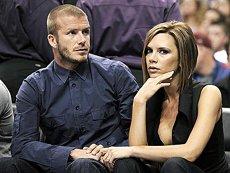 David Beckham neagă zvonurile privind divorţul de Victoria