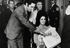 Elvis Presley, în duet cu fiica sa, Lisa Marie pe un album 2018