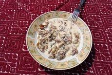 Tocăniţă de ciuperci după o REŢETĂ de acum 100 de ani. Vezi cum gătesc sătenii din Dealu Negru, Cluj