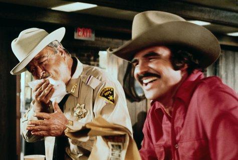 Actorul BURT REYNOLDS a murit la 82 de ani