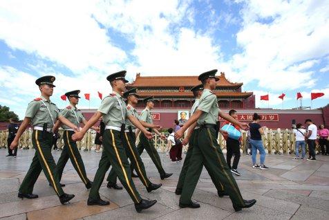 Aveţi grijă când călătoriţi în China. Un bărbat a fost ARESTAT, după ce şi-a fixat CEASUL cu două ore înaintea Beijingului