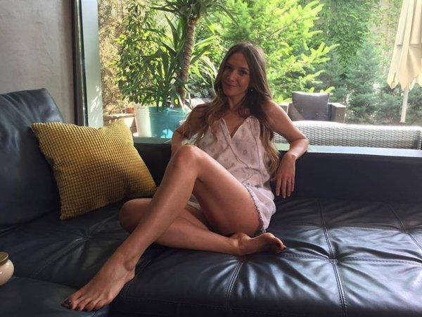 adela popescu acasă