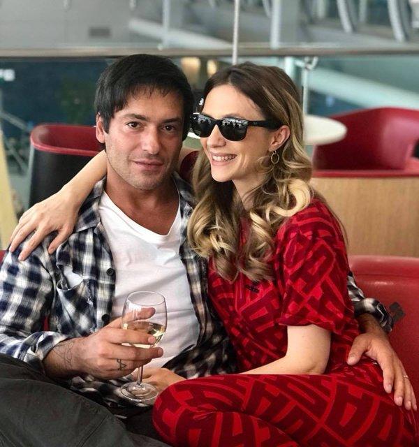 Adela Popescu și soțul ei, Radu Vâlcan