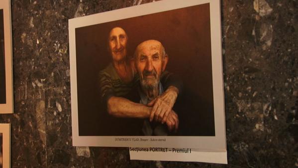 Satele româneşti, oamenii şi îndeletnicirile lor