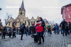 Străzi ISTORICE, BISERICI impunătoare şi regiune GASTRONOMICĂ. National Geographic a inclus SIBIUL în topul celor mai COOL destinaţii din 2019