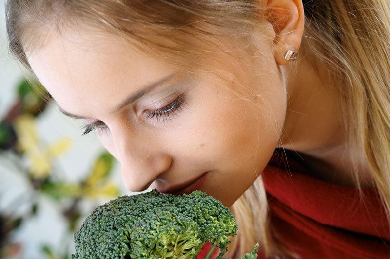 Top 7 alimente care te ajută  să slăbeşti