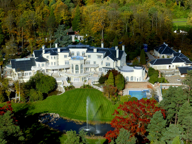 Top 10: Cele mai luxoase vile din lume - GALERIE FOTO