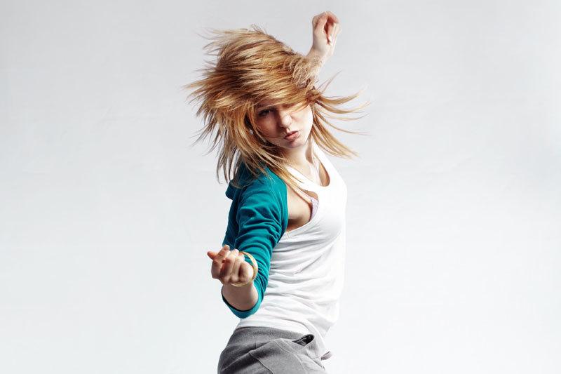 De ce intră copiii români la pubertate la nouă ani
