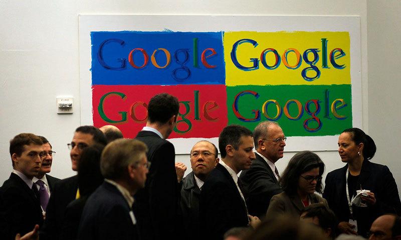 Ce joburi are Google pentru români: specialist în Comunicare şi Relaţii Publice şi manager de Marketing