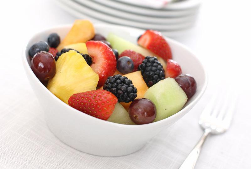 DIETĂ. Lista fructelor şi legumelor nesănătoase. Cum poţi elimina pesticidele