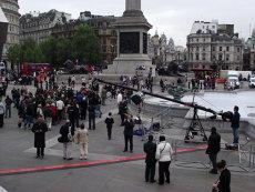 Cum se vede NUNTA REGALĂ de pe străzile Londrei. CORESPONDENŢĂ DIN MAREA BRITANIE