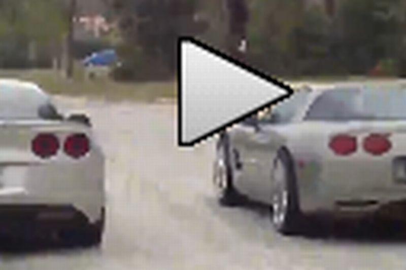 VIDEO: Ce se întâmplă când se întâlnesc în trafic CEI MAI PROŞTI şmecheri