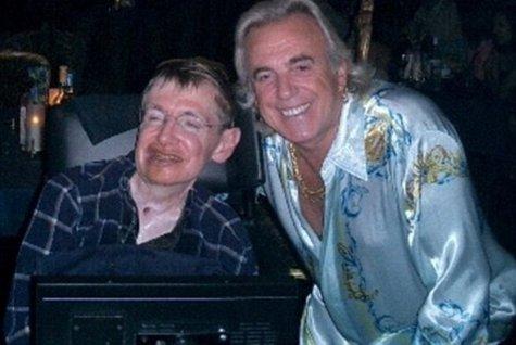 Pasiunile mai pământeşti ale fizicianului Stephen Hawking: cluburile de swingeri
