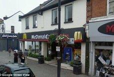 Drama unei fetiţe de 11 ani, violată în toaleta unui restaurant McDonald's
