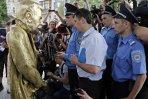 FOTOGRAFIA ZILEI: Stalin într-o poziţie ALTFEL