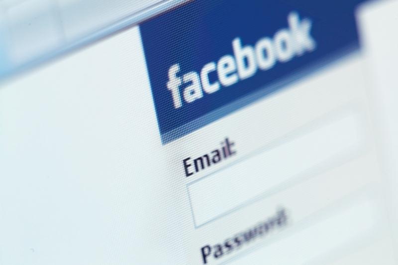 Frecvenţa cu care postezi pe Facebook îţi dezvăluie personalitatea