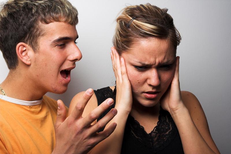 Certurile în cuplu, mai benefice decât iertarea şi uitarea conflictelor