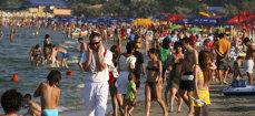 Dutzende Tausende Bukarester sind Wochenend-Pendler zum Schwarzen Meer