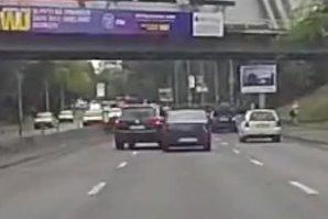Şoferul de Touareg care a lovit intenţionat o Dacia Logan în trafic a fost reţinut şi acuzat de tentativă de omor