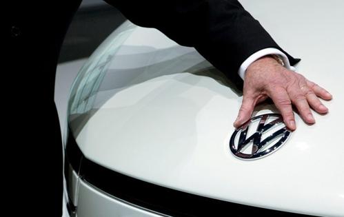"""Cum vrea VW să-şi """"spele"""" imaginea după scandalul emisiilor"""