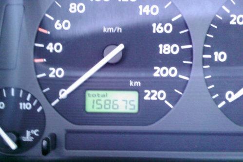Cum ne dăm seama că maşinile au kilometrajul modificat. Informaţii utile pentru orice şofer